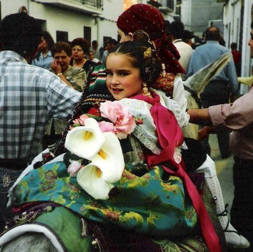 FiestasGirlOnHorse